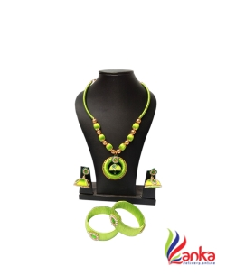 Parrot Green With Jumuka Silk Set Jewellery