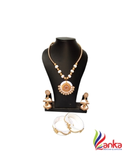 White With Double Jumuka Silk Set Jewellery