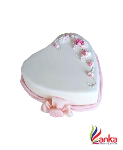 Picture heart cake